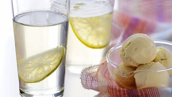 Gin and tonic jellies with elderflower ice-cream