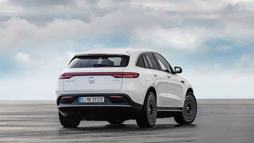 EQC promises more than 450km of driving from a full charge, sending it head-to-head with the Tesla Model X and Jaguar I-Pace.