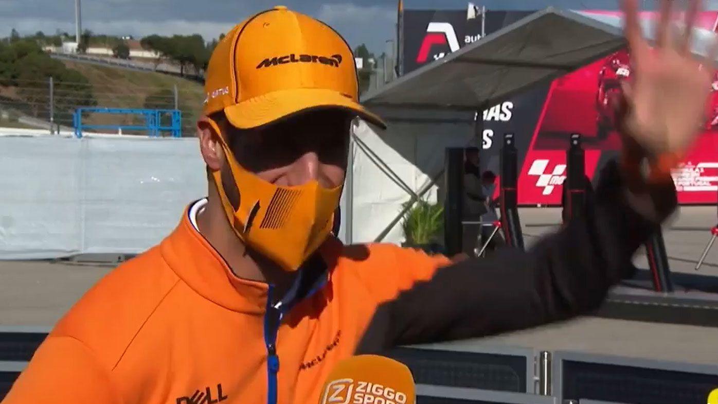 Daniel Ricciardo fumbles his way through fan's awkward question