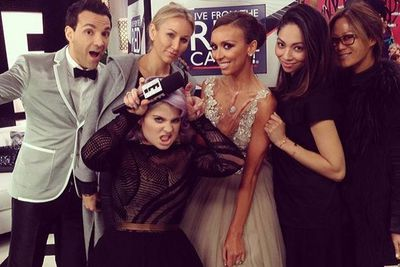 @giulianarancic: Commercial break fun! #eredcarpet #oscars