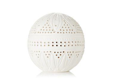 "<a href=""https://www.net-a-porter.com/au/en/product/678784/l_artisan_parfumeur/the-provence-ball--50g"" target=""_blank"">The Provence Ball, $158, L'Artisan Parfumeur</a>"