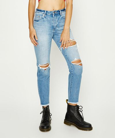 "Start off with brand new well-worn jeans.<br> <br> <a href=""https://www.generalpants.com.au/shop-womens/neuw/jeans/lexi-emile-battu-1000072374-098"" target=""_blank"">Neuw Lexi Emille Battu jeans,$199.95 at General Pants</a>"