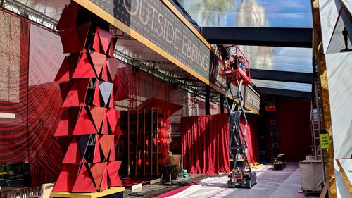 Thousands will descend on the boulevard and Dolby Theatre this Sunday for the biggest entertainment event of the year. (9NEWS/Ehsan Knopf)