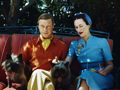 Duke and Duchess of Windsor with their terriers