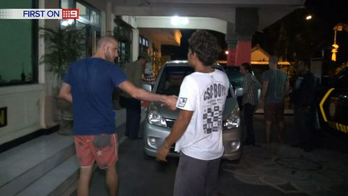 The pair were released after coming to an agreement with the man they allegedly attacked. (9NEWS)