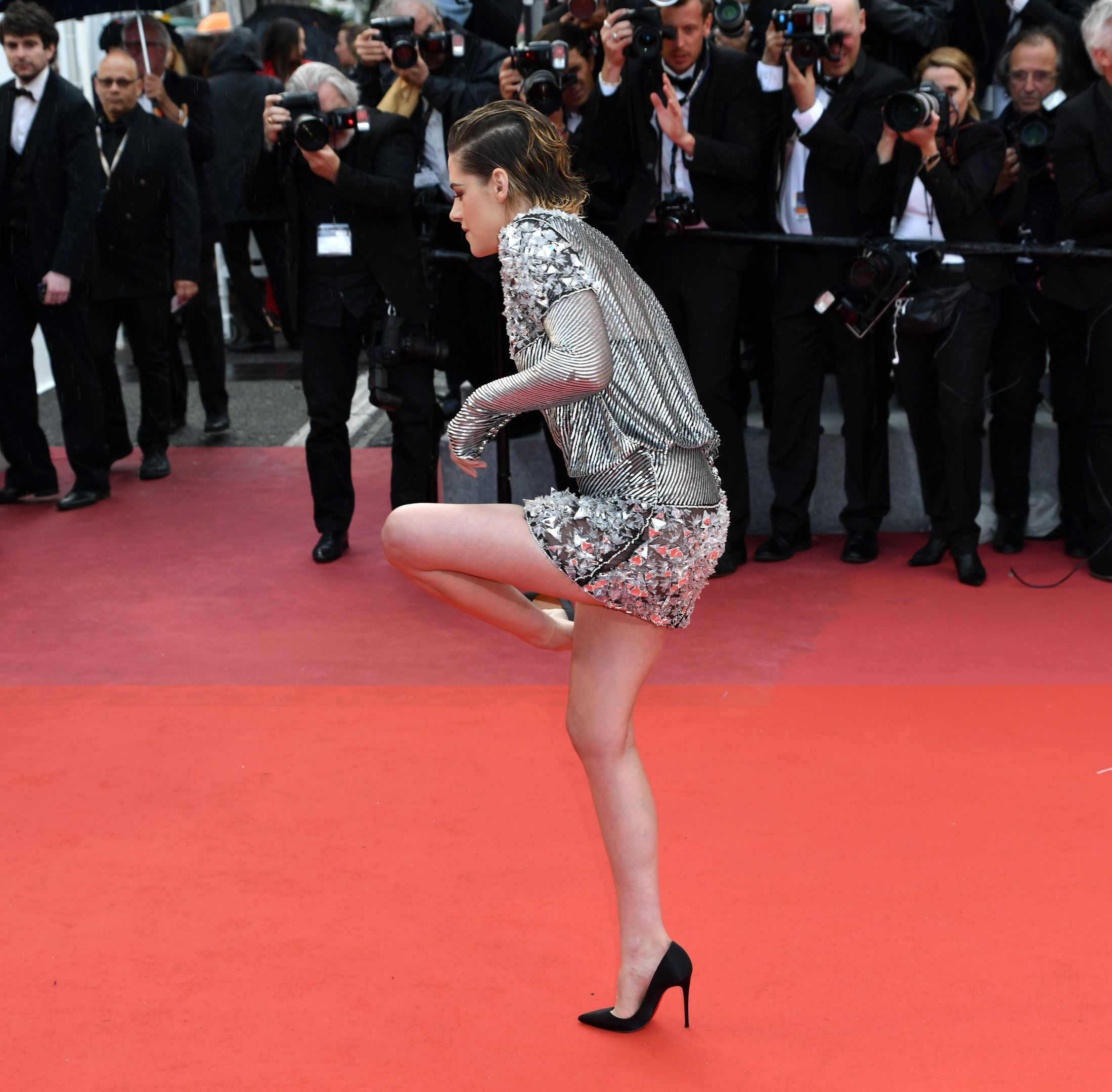 Kristen Stewart makes a political statement, ditches heels on Cannes red carpet
