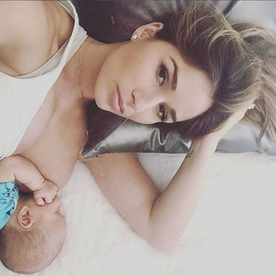 Singer, wife, friend and mamma - Jessie James Decker shows the world how it's done.