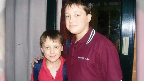 Caleb with his younger brother. (9NEWS)