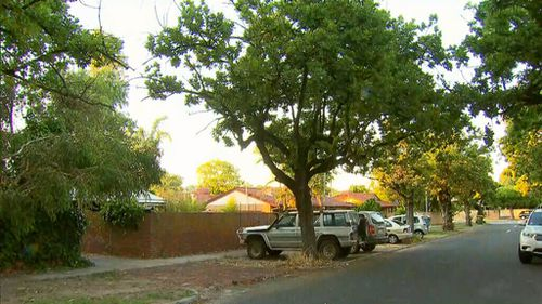 Paramedics were called to the Victoria Park home last night. (9NEWS)
