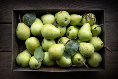 <strong>7. Pears</strong>
