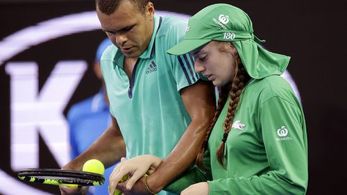 Ball-girl hit by rogue serve at 2016 Australian Open pens thank-you letter to Jo-Wilfried Tsonga