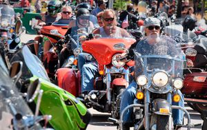 US motorbike rally expecting 250,000 to attend, stirring virus concerns