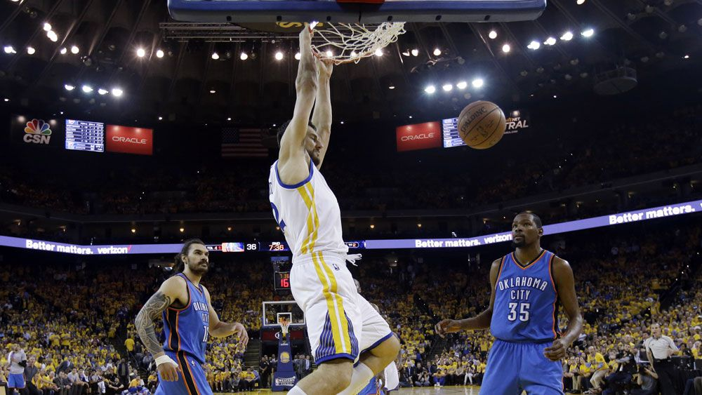 Bogut stars in Warriors' NBA win