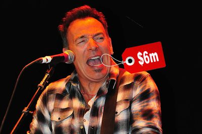 The singer stands to make a cool $6,000,000 if he's unfortunate enough to lose his famous singing voice.