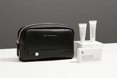 Business Class Amenity Kit, Americas - Buzz for Air Canada
