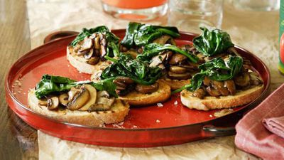 <strong>Mushroom and spinach bruschetta</strong>