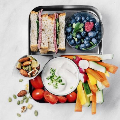 A mental lunchbox filled with fresh food