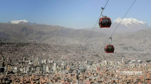 The Skyloop project could see Melbourne residents ferried by cable cars.