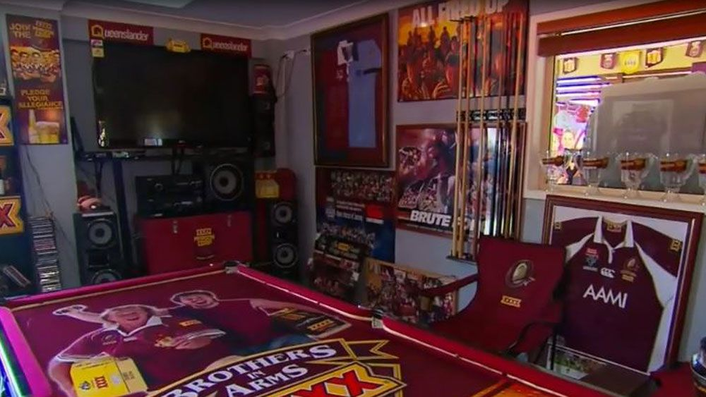 Queensland State of Origin fan decorates house maroon but leaves toilet blue for NSW