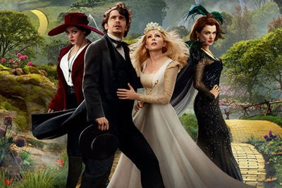 """""""I don't want to be a good man. I want to be a great one!""""<br/><P>Oscar Diggs (James Franco) is a circus magician in Kansas who finds himself transported to the Land of Oz where he meets witches Theodora (Mila Kunis), Evanora (Rachel Weisz) and Glinda (Michelle Wiliams). Reluctant to face all of the troubles of the people of Oz, Oscar must go through the necessary transformations in order to become """"the great and powerful Wizard of Oz.""""</p><br/>"""
