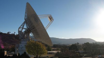 The DSS 43 in Canberra (pictured) is the largest steerable parabolic antenna in the Southern Hemisphere, and is used to make contact with distant probes such as New Horizons. (CDSCC/NASA)