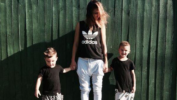 Jules Sebastian and sons Archer, three, and Hunter, five. Image: Instagram/@julessebastian