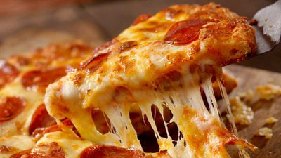Pizza Hut is giving away free pizza this week