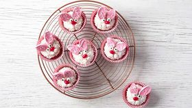 Tifiany Hall's crazy Easter Bunny cupcakes