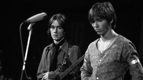 Stevie Wright (right) with Easybeats bassist Dick Diamonde in 1968. (Getty)