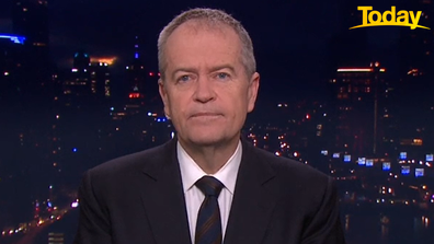 Bill Shorten says Australians who want to travel don't have the luxury of refusing a COVID vaccine.