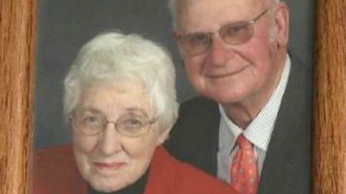 Elderly couple married for 62 years die minutes apart