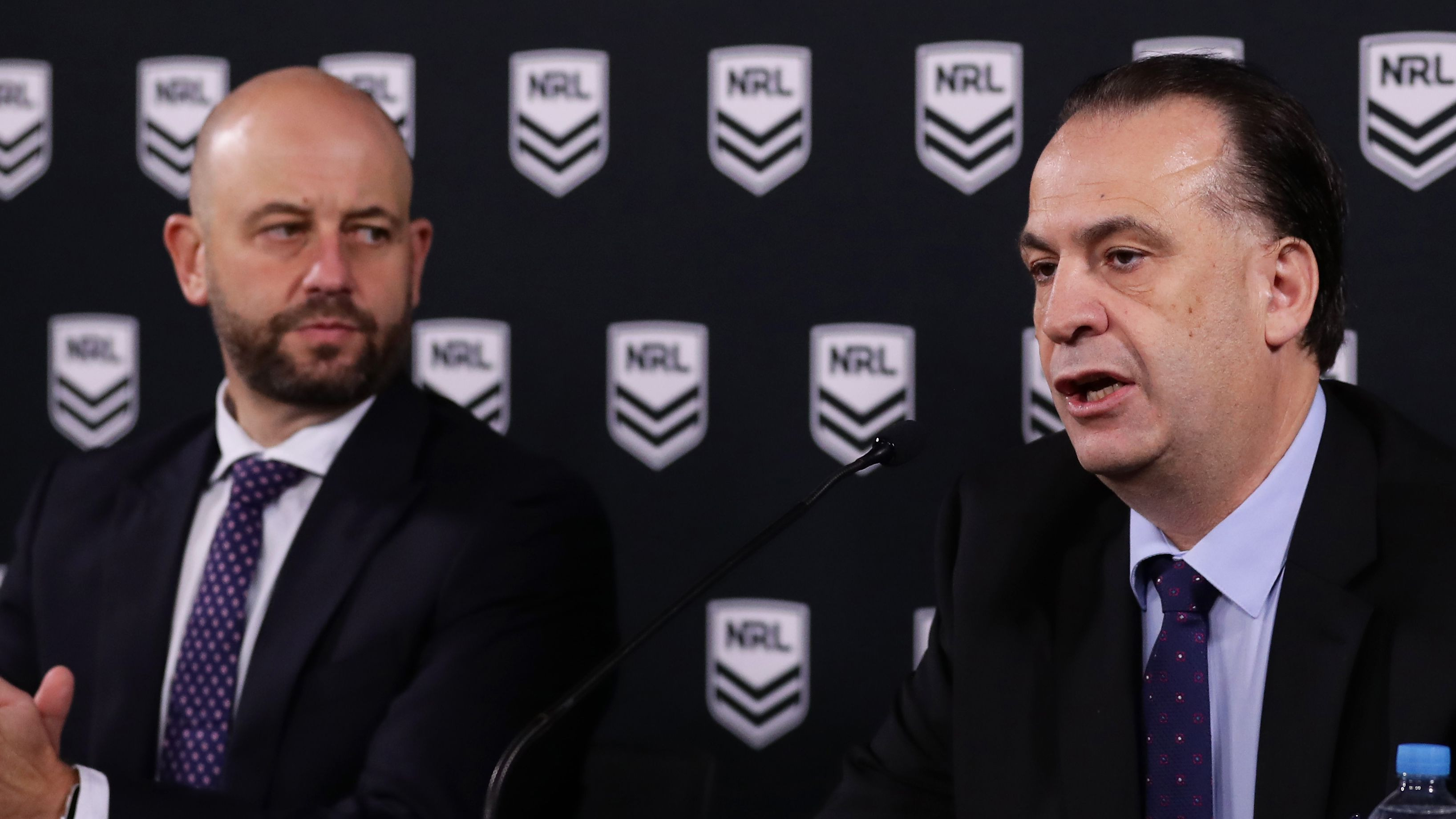 Players will take percentage pay cut amid rugby league virus shutdown, says NRL