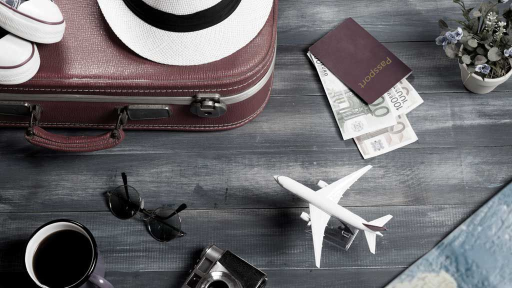 The best day of the week to book cheap flights, plus more money-saving tips