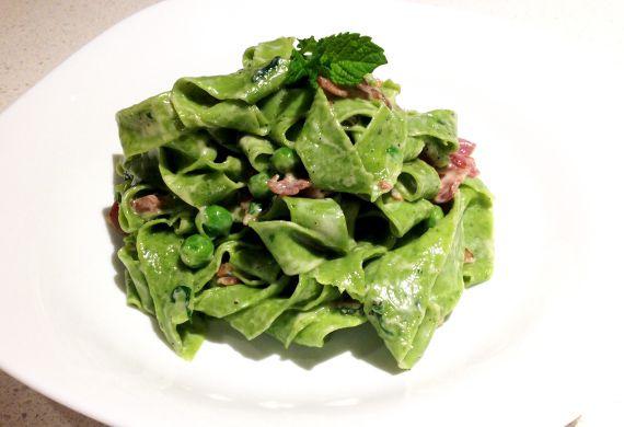 Prosciutto, pea and mint sauce with hand-cut spinach tagliatelle