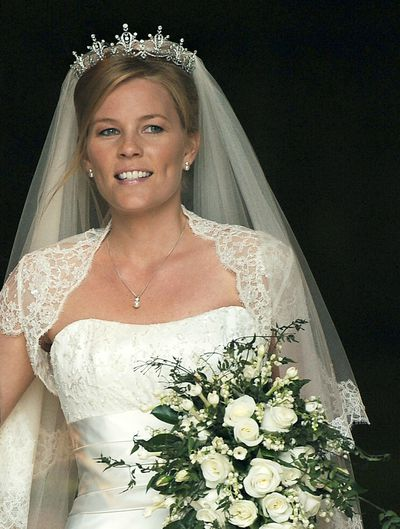 Peter Phillips marries Autumn Kelly
