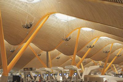 <strong>Madrid, Spain: Barajas Airport (interior)</strong>