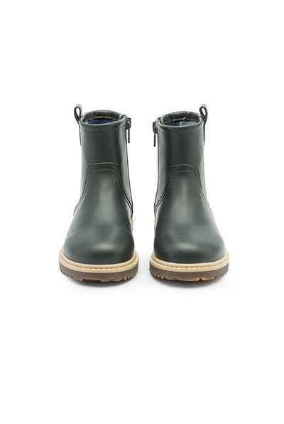 "<a href=""https://www.countryroad.com.au/shop/child/boys/accessories/60206519/Work-Boot.html"" target=""_blank"" draggable=""false"">Country Road Kids Workboot, $89.95.</a>"