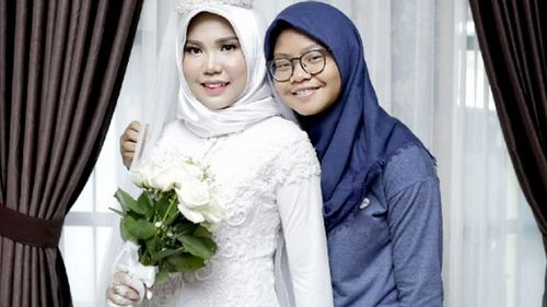 """""""Thank you for giving me a sister who is so great, strong, smart, merciful and kind, just like you,"""" Intan Syari wrote on a photo posted in tribute to her fiance Dr Rio Nanda Pratama."""