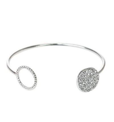 """<p><a href=""""https://www.lovisa.com/collections/by-category/wristwear/silver-open-cuff-with-diamante-detail"""" target=""""_blank"""" draggable=""""false"""">Lovisa Silver Open Cuff with Diamante Detail. $13.99</a></p>"""