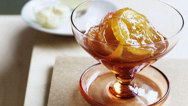 Glazed apples with Calvados crème fraîche