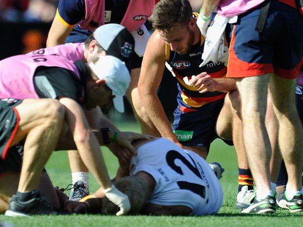AFL star Riewoldt hospitalised after sickening KO