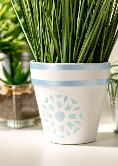 Cricut Joy project pastel plant pot