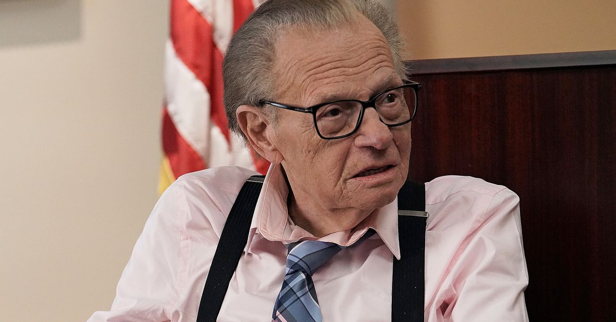 Larry King 87-year-old broadcaster reportedly hospitalised with COVID-19 – 9TheFIX