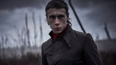 George Mackay plays Ned kelly