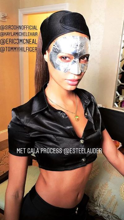 Victoria's Secret Joan Smalls posted a photo of herself using an eye mask from Estee Lauder