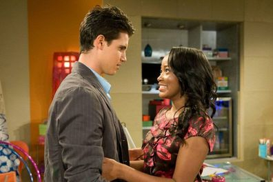 Robbie Amell and Keke Palmer in True Jackson, VP.