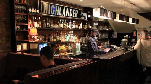 Ms Dixon performed at the Highlander Bar in Melbourne's CBD on Tuesday night. (Highlander Bar via Dimmi)