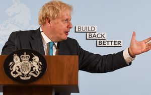 Coronavirus UK: Boris Johnson apologises for 'misspeaking' on confusing coronavirus rule