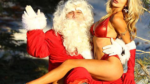 Courtney Stodden straddles Santa