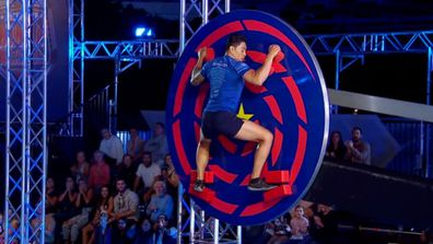 Jeffrey Mercado struggles to hold on to the Cyclone Spinner